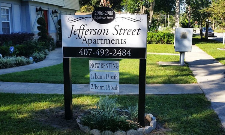 Jefferson Street Apartments Post Sign